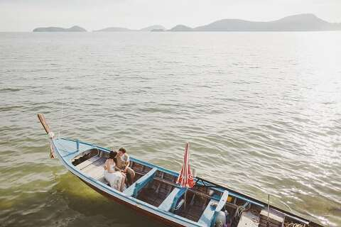 Bride and groom longboat Thailand